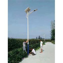 德州太阳能路灯厂家-太阳能路灯-希?#24179;?#33021;(查看)图片