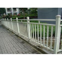 万强钢结构工程有限公司玻璃钢栏杆图片