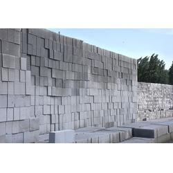 胶南蒸压粉煤灰砖销售-天天低价(在线咨询)蒸压粉煤灰砖图片