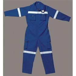 武汉防酸碱工作服,兰天劳保用品,防酸碱工作服图片