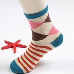 操作简单,珠海袜子加工,万盛袜业(查看)图片