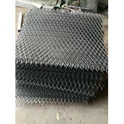 建筑脚手架用钢笆片厂家_工地钢板网片图片