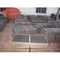 平台踏板钢板网优质菱形孔脚踏钢板网质量保证船厂脚踏钢板网 镀锌钢板网 优质钢笆片图片