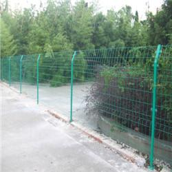 贺友专业生产护栏网|宁夏铁丝网围栏|养殖鸟铁丝网围栏图片