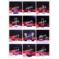 水晶奖杯供应商、水晶奖杯、建诚水晶款式多样图片