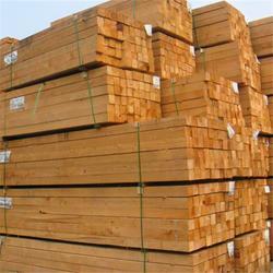 建筑木方、三通木材、辐射松建筑木材图片