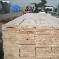 日照建筑木方_汇森木业加工厂_辐射松建筑木方图片