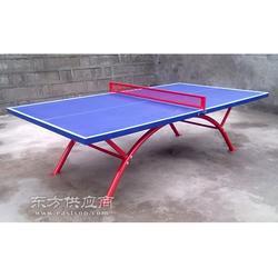 彩虹脚室外乒乓球台优势特色台面采用全SMC片状塑料模压一次成型图片