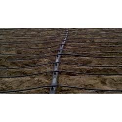 滴灌管、鸿源润通节水(在线咨询)、新型滴灌管图片