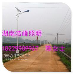 太阳能路灯 LED太阳能路灯厂家直销小型太阳能路灯多少钱图片