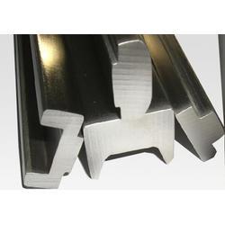 四方冷拔方钢,盛世龙金属(在线咨询),冷拔方钢图片
