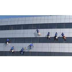 石桥铺清洁公司_单位办公室保洁_外墙高空玻璃清洗图片