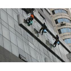 长寿玻璃清洗-专业外墙清洁公司-大楼玻璃清洗图片