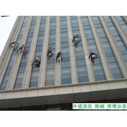 雨水管安装更换,外墙蜘蛛人维修,重庆汽博中心外墙蜘蛛人图片
