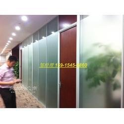 玻璃中间带百叶隔墙 双层中空玻璃内置百叶窗帘隔断 办公室成品玻璃隔墙图片