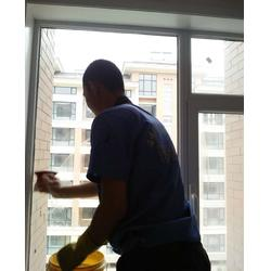 博山高空玻璃清洗-高空玻璃清洗哪家好-乐邦保洁
