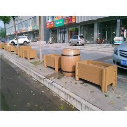 毕节水泥仿木栏杆 泰安压哲仿木栏杆 水泥仿木栏杆制作法图片