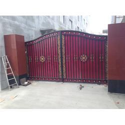 中式庭院铁艺大门-铁艺大门-泰安压哲仿木栏杆图片