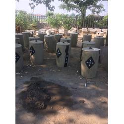 泰安压哲仿木栏杆(图)_水泥树桩垃圾桶_保亭树桩垃圾桶图片