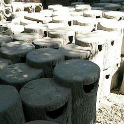 泰安压哲仿木栏杆,萍乡仿木垃圾桶,树桩仿木垃圾桶图片
