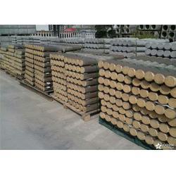 柳州仿木树桩、泰安压哲仿木栏杆(图)、仿木树桩厂家图片