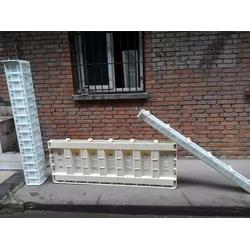 水泥仿木栏杆模具,泰安压哲仿木栏杆,水泥仿木栏杆模具公司图片