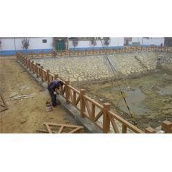 宝鸡仿木护栏-树皮仿木护栏厂家-泰安压哲仿木栏杆图片