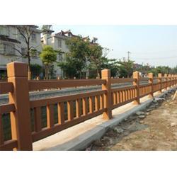 安康仿木护栏-景区仿木护栏模具-泰安压哲仿木栏杆图片