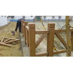 张家口仿木护栏-泰安压哲仿木栏杆-树皮仿木护栏设备图片