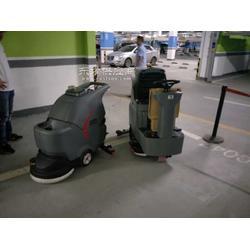 汽车4S店地面清洗实用的工具图片