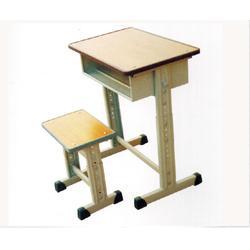 学校课桌_聊城课桌_中盛教学设备(查看)图片