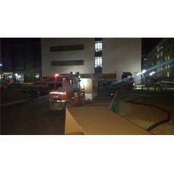 附近的设备搬运-平安吊装起重-精密设备搬运图片