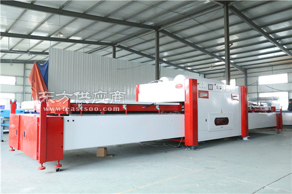 威海吸塑机、洪涛木工机械(在线咨询)、吸塑机生产厂家图片