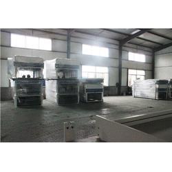 洪涛木工质量可靠、覆膜机生产厂家、济南覆膜机图片