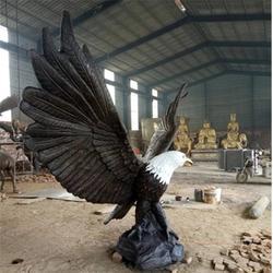 实力商家 铜鹰雕塑制作-榆林鹰雕塑图片