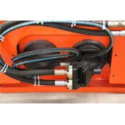 什么是多功能液压振动夯实机、恒大机械图片