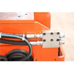 多功能液压振动夯实机操作,多功能液压振动夯实机,恒大机械图片