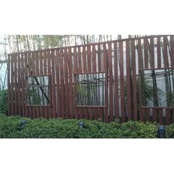 防腐木围栏_防腐木围栏_万德木业服务周到图片