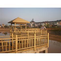 公园碳化木围栏、万德木业(在线咨询)、碳化木围栏图片