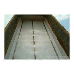 自卸车车厢滑板厂家· 昊威黏土一卸净 贵阳自卸车车厢滑板图片