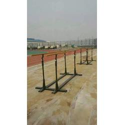 鑫欧泰教学设备,400米障碍器材,矮墙部队400米障碍器材图片