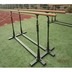 400米障碍器材|鑫欧泰教学设备|400米障碍器材双杠图片