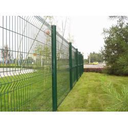 为什么一级公路护栏是绿色 公路护栏网图片