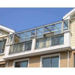 钢化玻璃顶阳光房报价,太原老战友门窗图片
