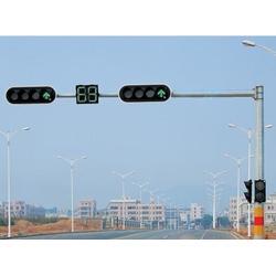监控杆、太阳能监控杆厂家、国富路灯(优质商家)图片