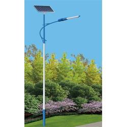 武隆縣路燈廠家、揚州市寶輝交通照明(在線咨詢)、路燈廠家圖片
