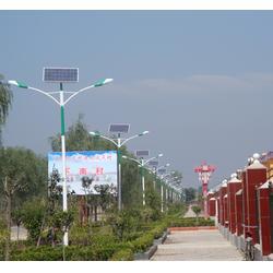 恒利达(图),10米太阳能路灯,赤峰10米太阳能路灯图片