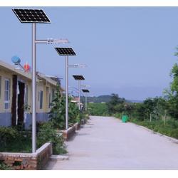 太阳能路灯在哪买,恒利达(在线咨询),莱芜太阳能路灯图片
