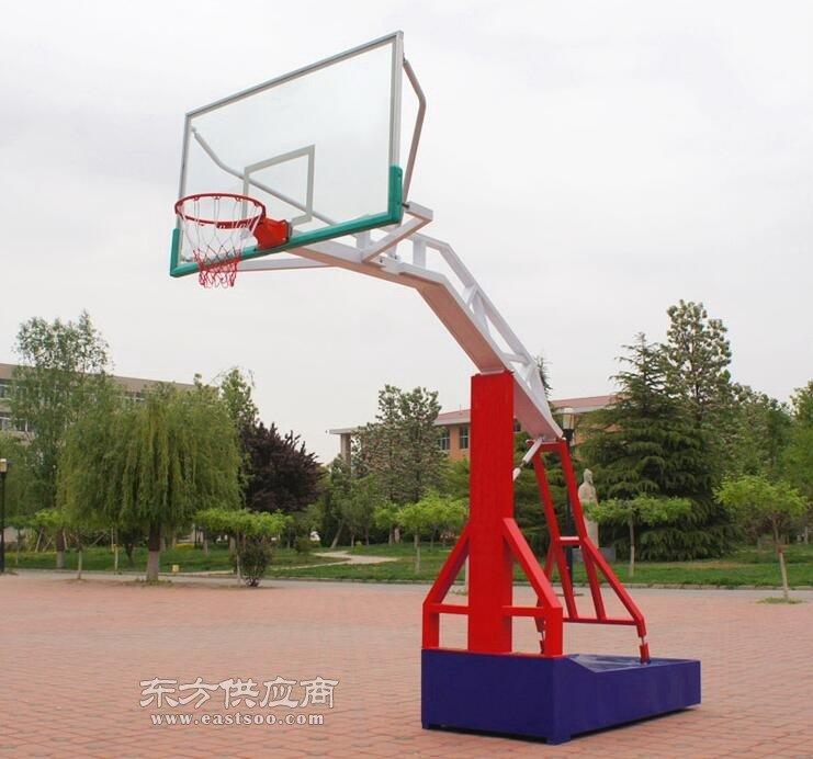 绥化篮球架有限公司图片
