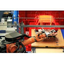 武汉三虹重工科技有限公司、机器人、机器人人防防化产品焊接图片